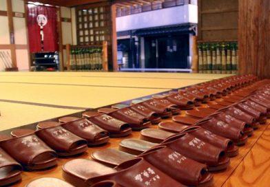 Il Galateo giapponese: togliersi le scarpe